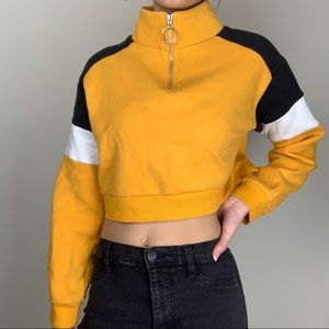 H&M Yellow Color Block Cropped Sweater